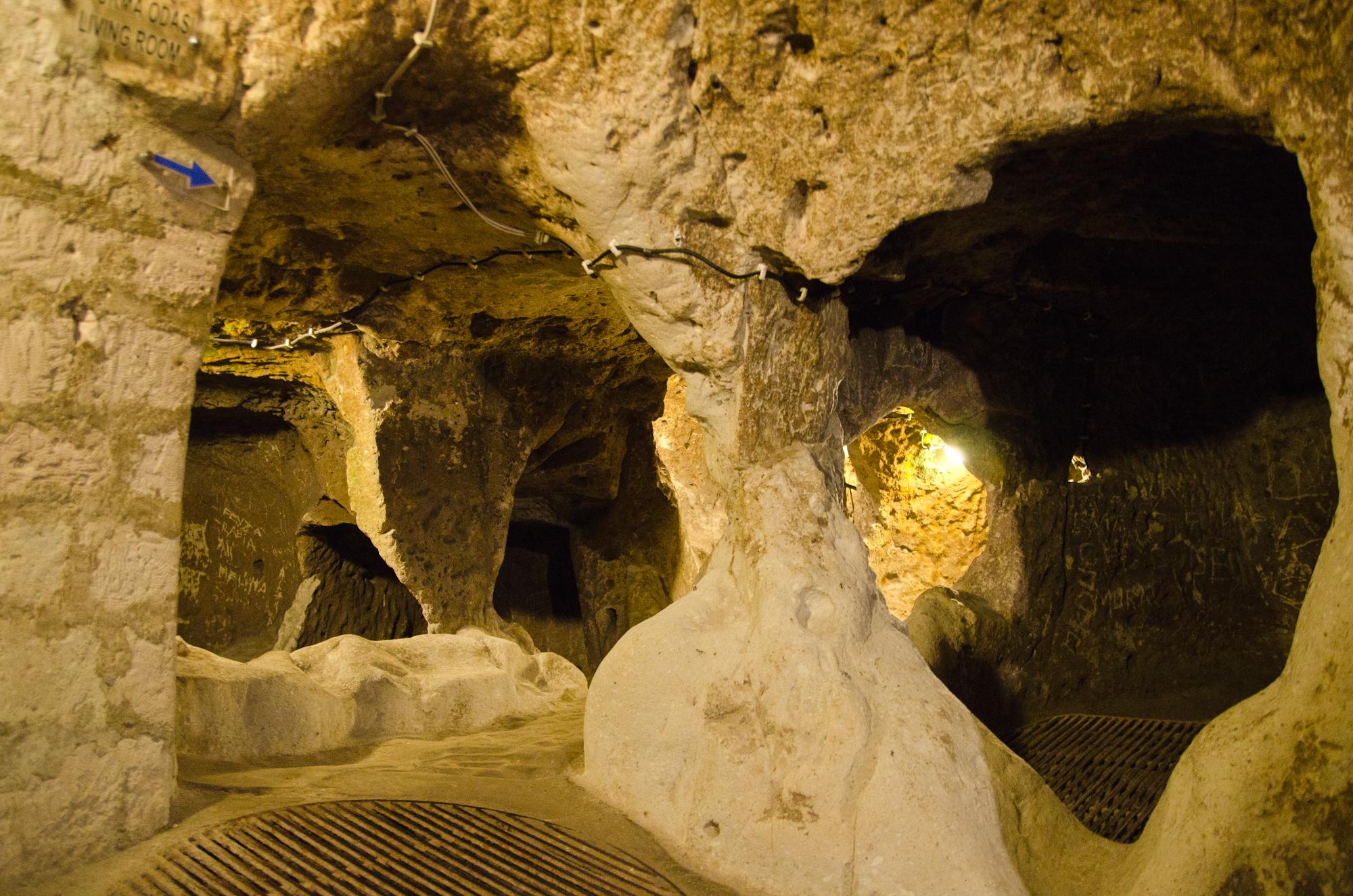 2012-04-25 137 Turul Verde - Orasul subteran Derinkuyu
